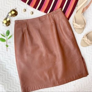 Linda Allard Ellen Tracy Leather Skirt